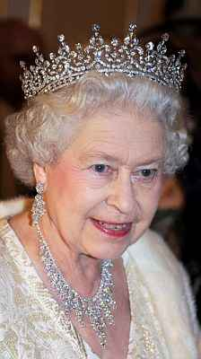British royal family are gangsters in tiaras